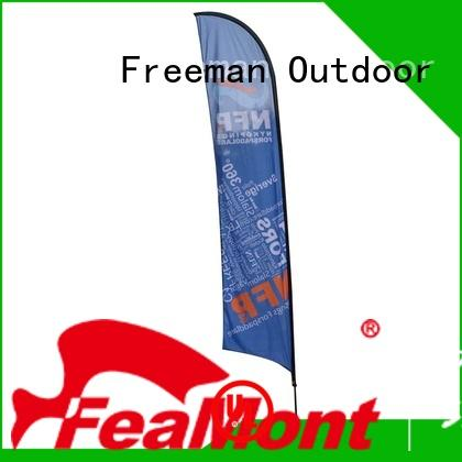 FeaMont customized flag banners type in street