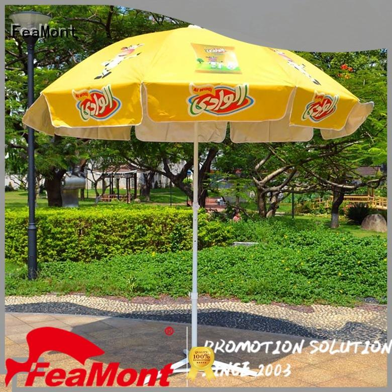 FeaMont inexpensive outdoor beach umbrella owner for camping